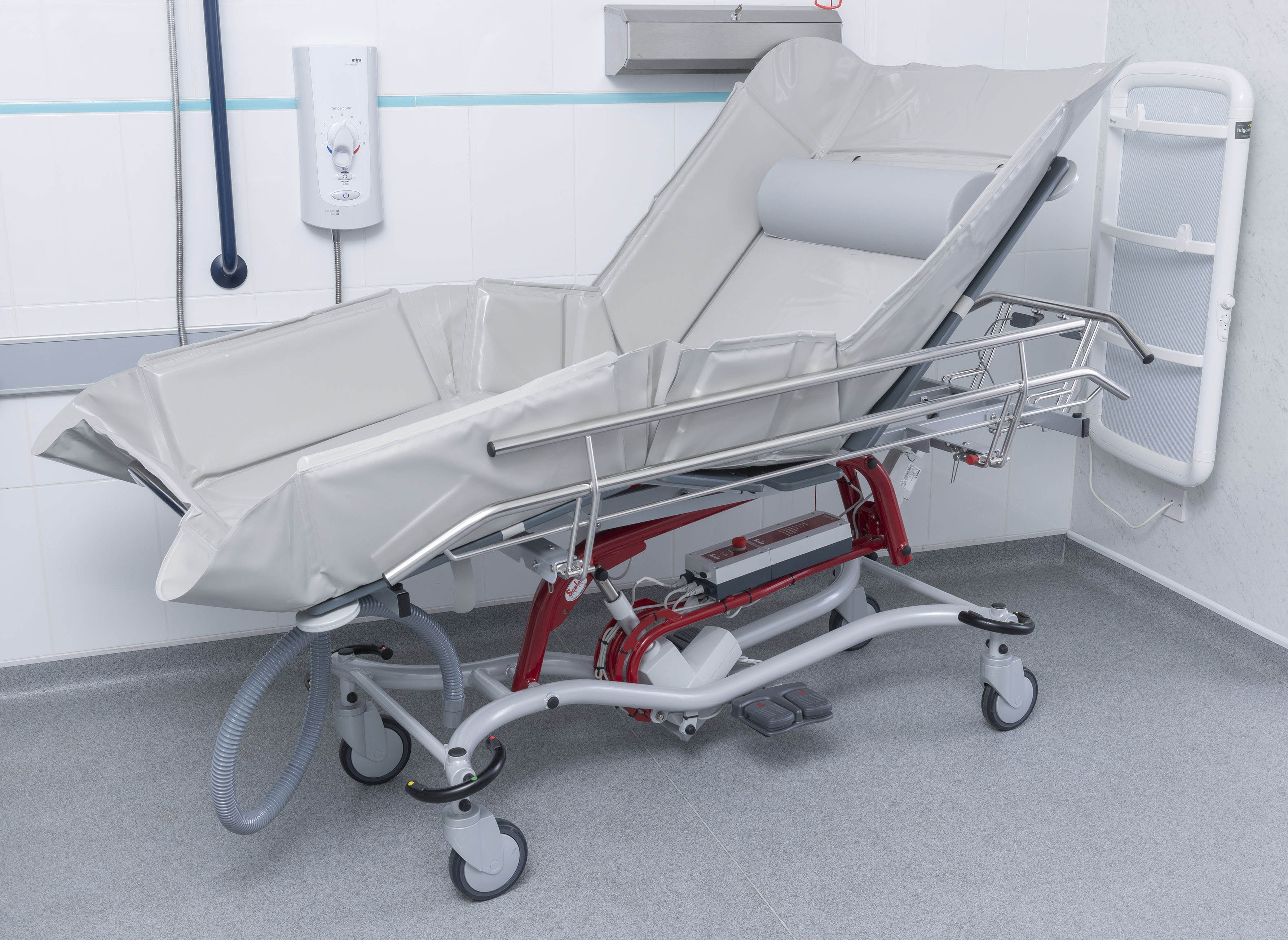 and single l trolley base hygene rehab head chinesport with h bathroom ht basic showertrolley section shower undefined tilting